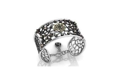 Silver bracelet by Bohemme Big Dreams. Adjustable