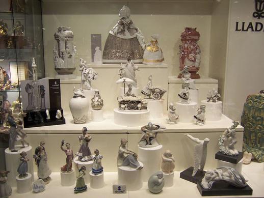 Interior of the Artestilo store in Madrid